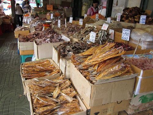 Mercado Puerto Tha Tien
